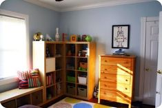 Organized kids' bedroom, by Amy {featured on Home Storage Solutions 101}