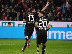 Bundesliga | Alario anotó en el triunfo del Leverkusen  Foto: WEB  El argentino abrió el marcador y dio una asistencia en la victoria de Bayer Leverkusen sobre Borussia Moënchengladbach por 2-0 de local por la 26ta. fecha de la Bundesliga. Bayern Munich vapuleó al Hamburgo por 6 a 0 y sigue con 20 puntos de ventaja sobre el escolta Schalke 04.  El ex Colón y River puso el 1-0 de zurda a los 39 minutos del primer tiempo y de esa forma llegó a los siete tantos personales desde su arribo al…