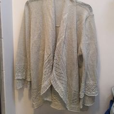 """Sweater 39%acrylic and 32% nylon 16% mohair and 13% wool. I had cut the tag out but I am 99% sure it is an extra large and I from the loft. Top of shoulder to bottom is 29""""  20"""" across  and sleeves are 22"""" LOFT Sweaters"""