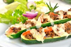 Cleanfoodcrush Fajita Stuffed Zucchini with melted almond cheese Taco night.using up our garden Zucchini! Have you tried Almond Cheese? Pork Recipes, Real Food Recipes, Cooking Recipes, Healthy Recipes, Baked Zucchini Boats, Stuffed Zucchini, Clean Eating Recipes, Healthy Eating, Clean Foods