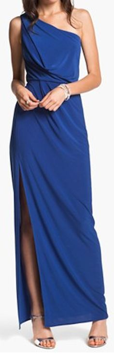 one shoulder jersey gown  http://rstyle.me/n/fjpsnpdpe