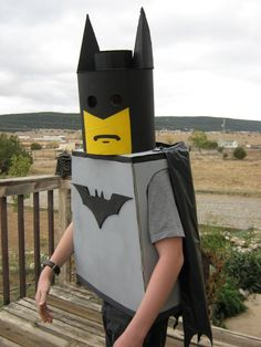 Kuddos to my hubby for crafting the form for this costume. Jakob wanted to be a Lego MiniFig for Halloween but it wasn't until the last. Best Batman Costume, Lego Movie Costume, Lego Halloween Costumes, Batman Costume For Kids, Diy Superhero Costume, Batman Costumes, Halloween Fashion, Diy Costumes, Halloween Diy