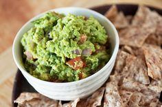 This recipe for Grilled Guacamole sounds different and delicious! Made it all on her George Foreman Grill. Guacamole Dip, Guacamole Recipe, Avocado Recipes, Healthy Recipes, Healthy Eats, Appetizer Dips, Yummy Appetizers, Appetizer Recipes, Beyond Diet