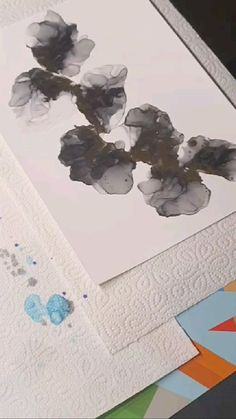 Alcohol ink - using a straw