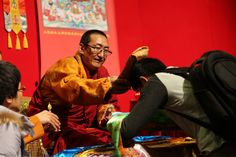 In responding to the earnest request of disciples and devotees, His Holiness Lama Yeshe Jamtso Rinpoche flew to Hongkong at Dec 27th 2015 for a 7 days' Buddhism promotion trip. During his stay in Hongkong, Rinpoche held a ceremony and gave some precious teachings and Dharma transmissions to disciples and devotees. In the following days, Rinpoche led the Light of Aryasiddhi Hongkong and Shengzhen Animal Liberation group to release animals back into the wild while explaining the merits and…