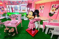 Festa Minnie! #minnie #disney #meninas #festamenina #decor #party #partyideas #festaminnie #kidsdecor #disney #inspiracao #ideias #festascriativas #festacriativa