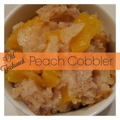 Old Fashioned Peach Cobbler from Julias Simply Southern is the most clicked reïcipe at Weekend Potluck #234. www.servedupwithlove.com