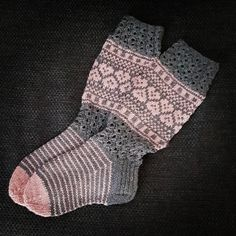 Villa, Socks, Knitting, Instagram, Design, Fashion, Tejidos, Moda, Tricot