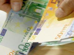 """Ce este """"Trattamento di fine rapporto"""", cum se calculează și cine are dreptul la acești bani Euro, The Creator, Personalized Items, Video, Youtube, Money, Youtubers, Youtube Movies"""