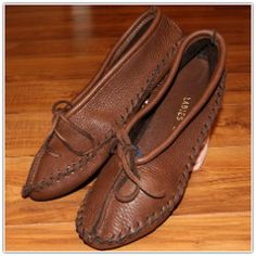 Womens Ballet Slipper Brown 150Br. My feet want these desperately.