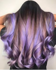 Beautiful Lavender Balayage Hair Color Shades for 2018 - Haare - Lilac Hair Metallic Hair Color, Hair Color Purple, Cool Hair Color, Green Hair, In Style Hair Colors, Hair Colours 2018, Blue Hair, Pastel Ombre Hair, Purple Brown Hair