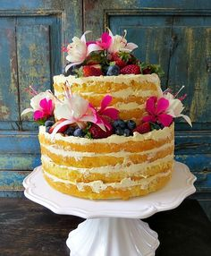 Luscious Layered Lemon cake filled with lemon curd and lemon buttercream. Wonderful for Weddings, birthdays - afternoon tea. Made by Florabunda & Cake Lemon Cake Filling, Lemon Buttercream, Lemon Curd, Celebration Cakes, Auckland, Afternoon Tea, Birthdays, Weddings, Desserts
