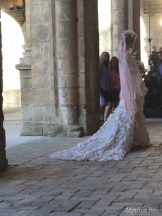#desfile #monasteriosanjeronimo #sevilla #SIQHandcraft&Fashion #Auroragavino #novia #moda # #AgenciaDobleErre #RaquelRevuelta #tocadosflorares #velorosa