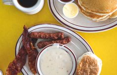 17 Breakfast Specials for $5 or Less