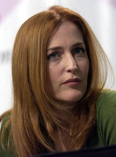 """Photo from album """"The special edition: Gillian Anderson on Yandex. Gillian Anderson David Duchovny, Catherine Bell, Julianne Moore, Cute Beauty, Anne Hathaway, Ginger Hair, Beauty Queens, American Women, Showgirls"""