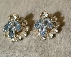 VTG CLIP.EARRINGS CLEAR AND BLUE RHINESTONES