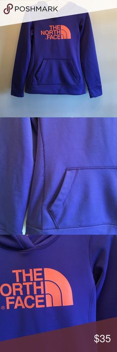 North face sz xs tp prices for descrition obo Gently worn hoodie. A little wear on the seams but is just the edges of the seam. Everything is intact and in good shape. Perfect hoodie to wear out to a game. 😊 The North Face Tops Sweatshirts & Hoodies