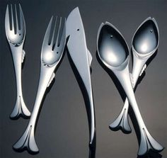 Vissig visbestek / Fishy fish cutlery.