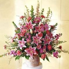 You can see all 3 types of flowers in this flower arrangement.