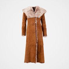 【Clearance Sale💥Shipped Within 24h】Hooded Toscana Coat - inkshe.com Boho Fashion, Winter Fashion, Long Hooded Coat, Sheepskin Coat, Winter Mode, Dress Suits, Coat Dress, British Style, Sleeve Styles