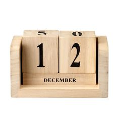 Keep track of the days with the retro-looking calender dices from Bloomingville. The dices are made of light wood with black numbers. The dices are perfect to give away as a gift and looks great on a night stand or in a shelf as a decorative detail! Block Calendar, Wooden Calendar, Bois Diy, Perpetual Calendar, Wood Home Decor, Desk Calendars, Wooden Blocks, Cool House Designs, Wood Boxes