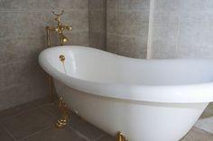 Bath dreams  www.androshome.com #realestate #forsale #beachhouse Chios, Beach House, Greece, Bath, Dreams, Island, Beach Homes, Greece Country, Bathing