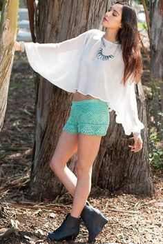 green-crochet-shorts-WONDERFULDIY