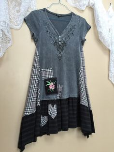 Upcycled Eco Dress Shabby Chic Boho Patchwork Gypsy TShirit Tunic, Gray black Hippie Butterfly Top, Funky Artsy little Dress by CathrineAnn Size medium 39 bust Free hips and waist Over sized in the hips 34-37 long All cotton and comfortable casual Easy to throw on and go! A fun little style tunic top to wear