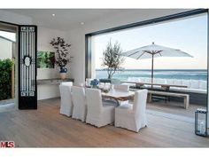 A unique spin on the traditional dining room with all white decor and ocean views. Malibu, CA Coldwell Banker Residential Brokerage $10,250,000 dining rooms, residenti brokerag, dine room, white decor, coldwell banker, decad dine, banker residenti, ocean view, coldwel banker