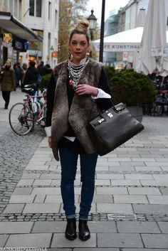 StreetPeek - European street fashion -