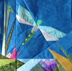 dragonfly quilt pattern | Dragonfly in pond free paper piecing quilt block pattern