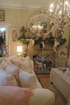Shabby holiday Love everything in this room:))
