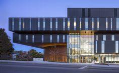 Gallery of Lazaridis Hall / Diamond Schmitt Architects - 8