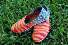 Red, White and Blue Shoes by Jennifer Perkins, via Flickr