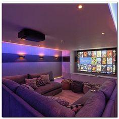 En adición a mi cuarto de Cine, un family room asi. / La ventaja de que yo brego con todo, lo hace posible. Cero gastos de instalación, decorador, etc.