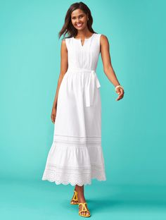 Maximize your summer style with a chic Embroidered-Eyelet & Lace Maxi Dress. Pair with a statement sandal for an irresistible mix of understated and interesting Dressy Dresses, Modest Dresses, Simple Dresses, Dress Outfits, Fashion Outfits, Beautiful Summer Dresses, Summer Dresses For Women, African Print Dresses, Feminine Dress