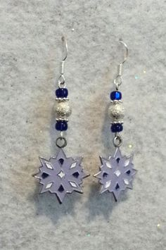Snowflake Earrings Winter Earrings Holiday by uniquelyyours2010