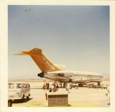 Vintage Aeroplanes Old South African Airways plane - South African Railways, Boeing 727, Welcome Aboard, Air Festival, Aeroplanes, My Land, Vintage Travel Posters, The Good Old Days, Countries Of The World