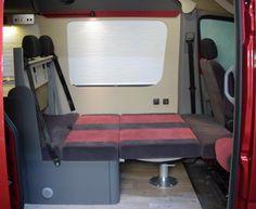 Raumaufteilung - Bett, Sitzecke & Rücksitze
