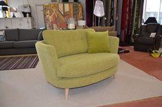 Living : MYERS Oval Snuggler Chair