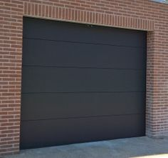 Garagedeur sectionaal B2500 x H2000 Types Of Ceramics, Types Of Flooring, Garages, Mosaic Glass, Future House, Entrance, Living Spaces, Garage Doors, New Homes