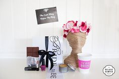 The+Last+Fling+Before+The+Ring+Hens+Day+Deluxe+Hamper+With+Sash,+Flower+Crown,+Lipstick+&+Nail+Polish