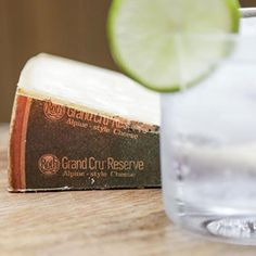 Did you know the piney tang of gin and the nutty earthiness of Roth Grand Cru Reserve are a match made in heaven? Add a slice of lime, a splash of tonic, and your tastebuds will be off on a real adventure. Slice Of Lime, Alpine Style, Cheese Pairings, Best Cheese, Cheese Boards, Match Making, Gin And Tonic, Entertainment, Craft
