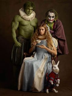 comic books Family Portrait is an amusing photo series created by French photographer Sacha Goldberger of superheroes and pop culture characters dressed up and posing Book Characters Dress Up, Character Dress Up, Comic Book Characters, Comic Books, Literary Characters, Arte Pop, Comic Kunst, Comic Art, Sacha Goldberger