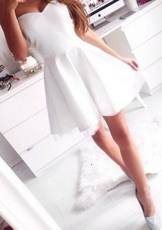 White Short Strapless Homecoming Dress Prom Dress