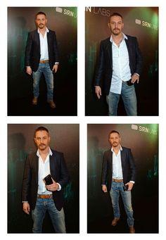 Tom Hardy Quotes, Top Hollywood Movies, Tom Tom Club, Tom Hardy Hot, I Love Beards, New James Bond, Sexy Beard, British Actors, Man Photo