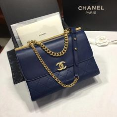 394e7862d44f 2018 Chanel Handbags and Purses #Chanelhandbags Chanel Bags, Chanel Purse,  Chanel Shoes,
