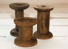 +Holzspule  http://de.dawanda.com/product/35873233-3-Holzspulen-Garnspulen-im-Vintage-Look