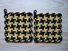 Bumblebee Bee Black and Yellow Pinwheel Pair of Woven Cotton Vintage Style Loop Loom Potholder Farmhouse Kitchen Farm Rustic Cabin