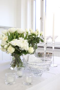 Homevialaura | white christening decorations | Alessi | Iittala Kivi Alessi, Christening, Glass Vase, Table Settings, Table Decorations, Cocoa Butter, Vignettes, Floral, Party